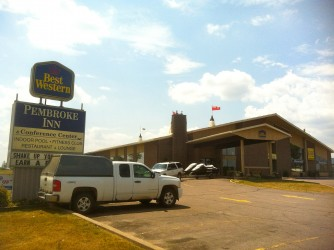 Front entry of Best Western Pembroke, Ontario Sea Doo Lodgings