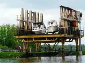 Large boats coming to the top at Big Chute on Trent Severn Waterway Sea Doo Tour