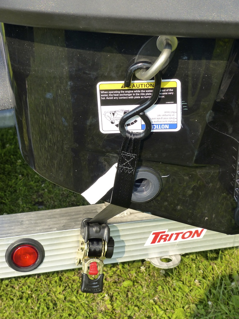 Retractable Ratchet Straps For Securing Trailering